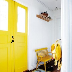 yellow-white-hallway via Hus & Hem on Flickr