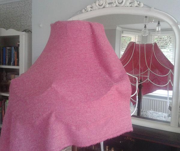 pinning-pink-tweed