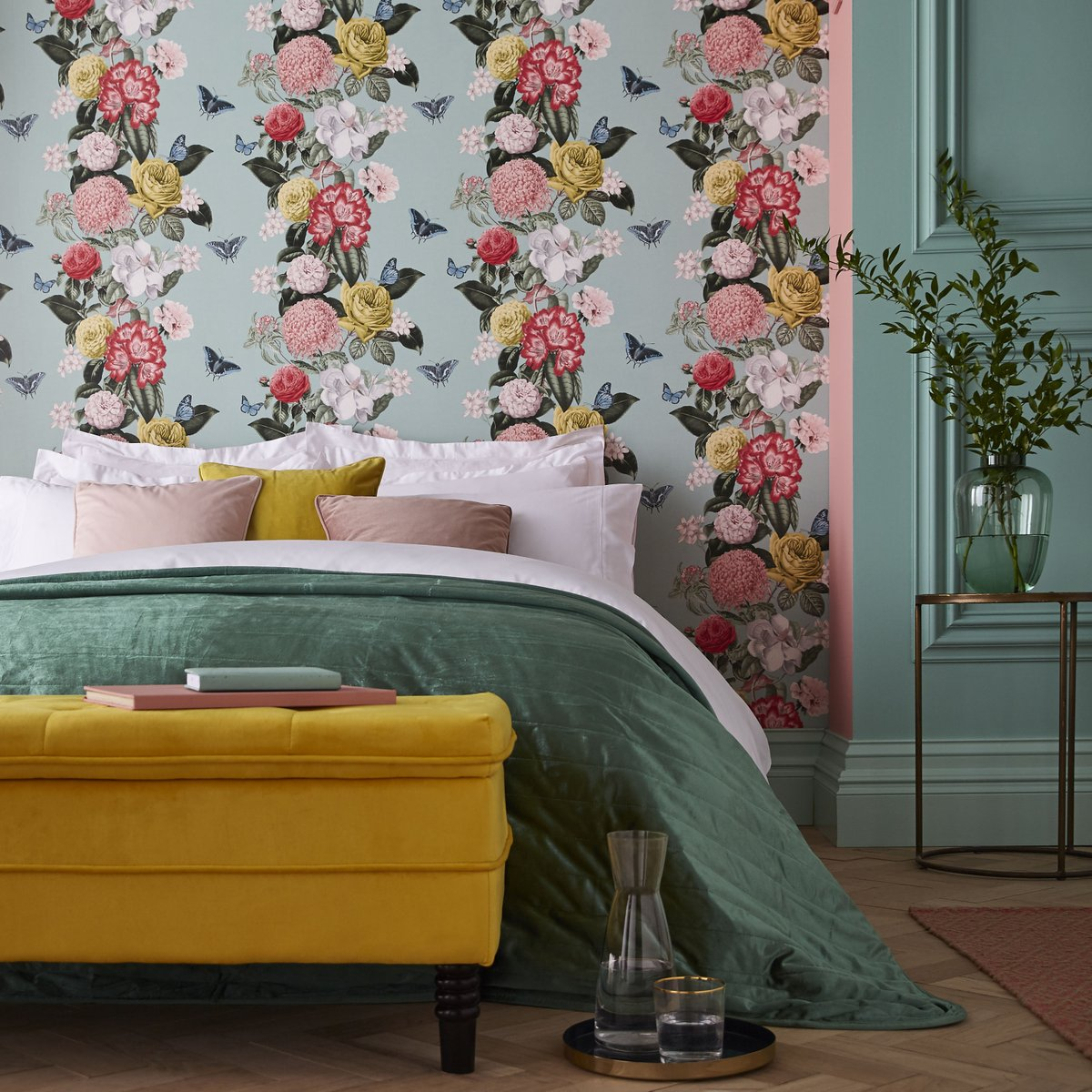 Botanical Prints Bloomsbury Neo Mint wallpaper from Graham & Green